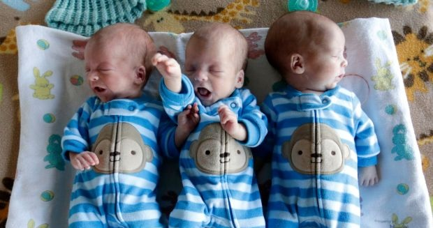 identical triplet babies - photo #31