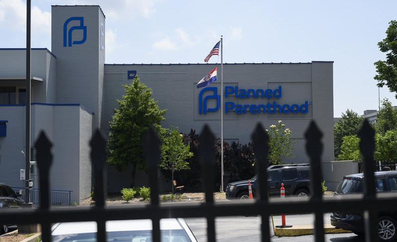 Planned Parenthood Abortion Clinic Failed Health Inspection So Badly It Got a 60-Page Deficiency Report