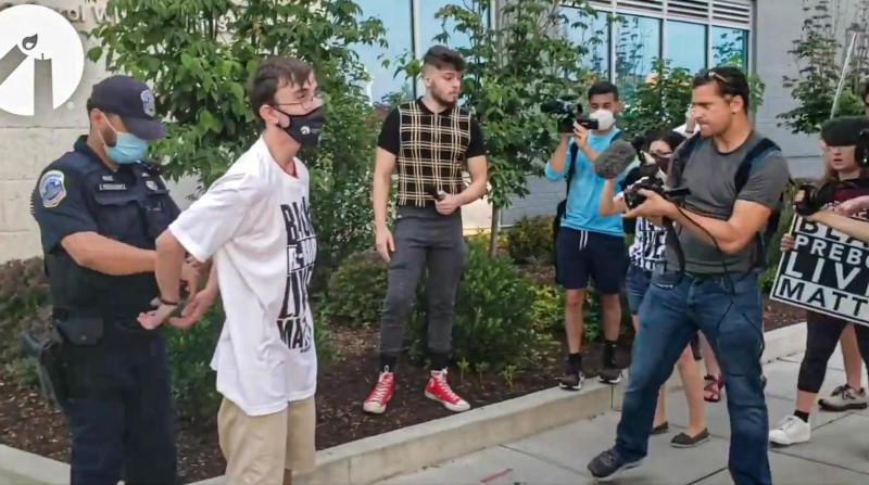 "Police Arrest Pro-Life Students for Writing ""Black Pre-Born Lives Matter"" Outside Planned Parenthood"