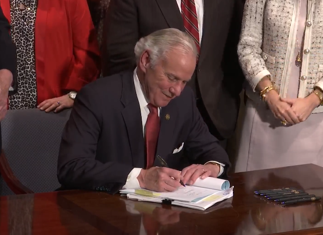South Carolina Gov. Henry McMaster Signs Bill to Ban Abortions When Unborn Baby's Heartbeat Begins